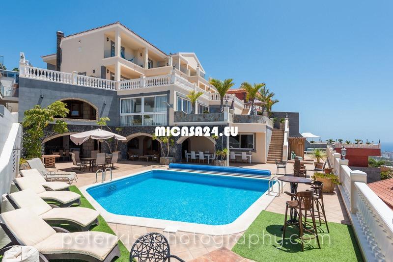 HH841-13 - Top luxus Villa  San Eugenio Alto