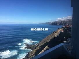 FL103 - La Paz - Puerto de la Cruz 16 / 17
