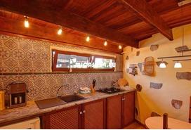 NH-072021 - Charmante Villa mit zusätzlichem Gästehaus und Ackerland. Tolle Investition 2 / 20