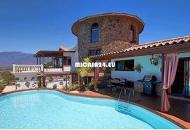 NH-072021 - Charmante Villa mit zusätzlichem Gästehaus und Ackerland. Tolle Investition 6 / 20