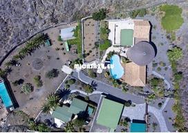 NH-072021 - Charmante Villa mit zusätzlichem Gästehaus und Ackerland. Tolle Investition 11 / 20