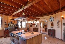 NH-072021 - Charmante Villa mit zusätzlichem Gästehaus und Ackerland. Tolle Investition 14 / 20