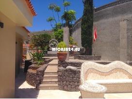 NH2 - Villa in El Sauzal 68 / 77